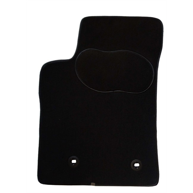 1 tapis voiture sur mesure noir en moquette norauto premium. Black Bedroom Furniture Sets. Home Design Ideas