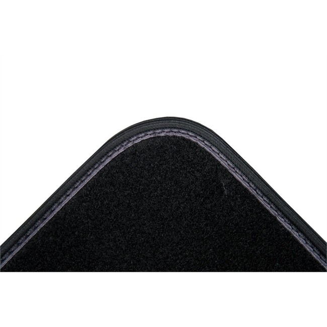 4 tapis de voiture universels moquette norauto eva noirs. Black Bedroom Furniture Sets. Home Design Ideas